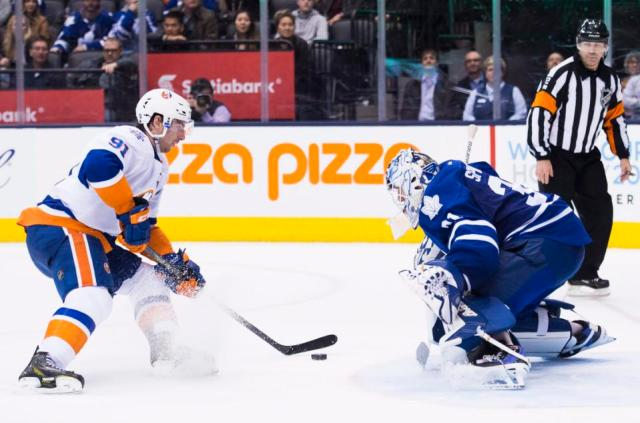 Islanders Maple Leafs Hockey